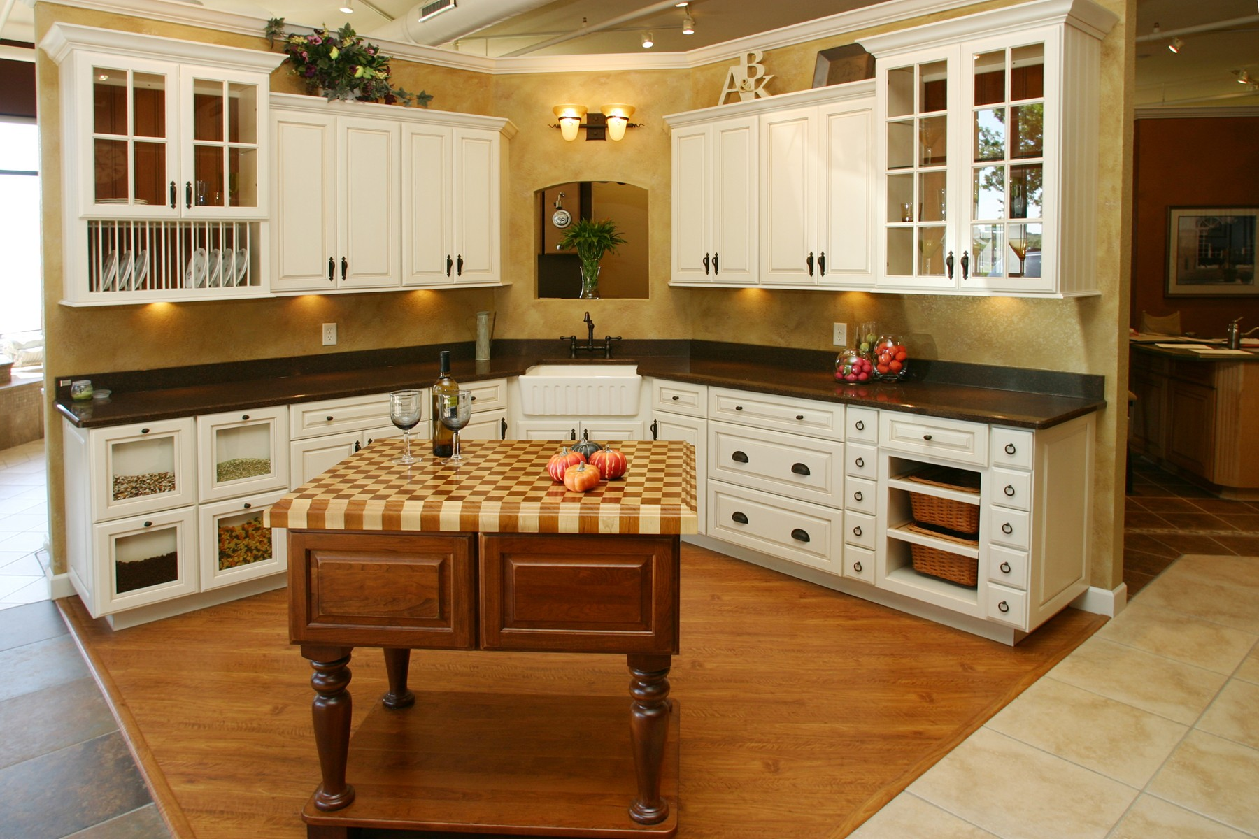 Beautiful Kitchens Bone Cabinets Colored Walls