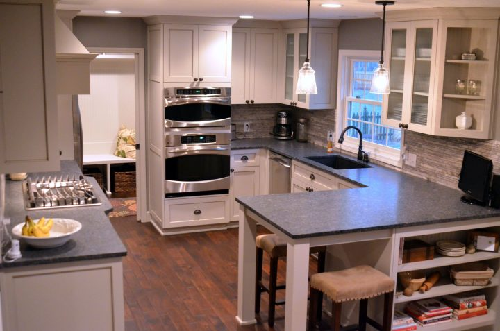 Common Kitchen Design Mistakes: What's the Appropriate Space between a Peninsula and Cabinets Close to it.