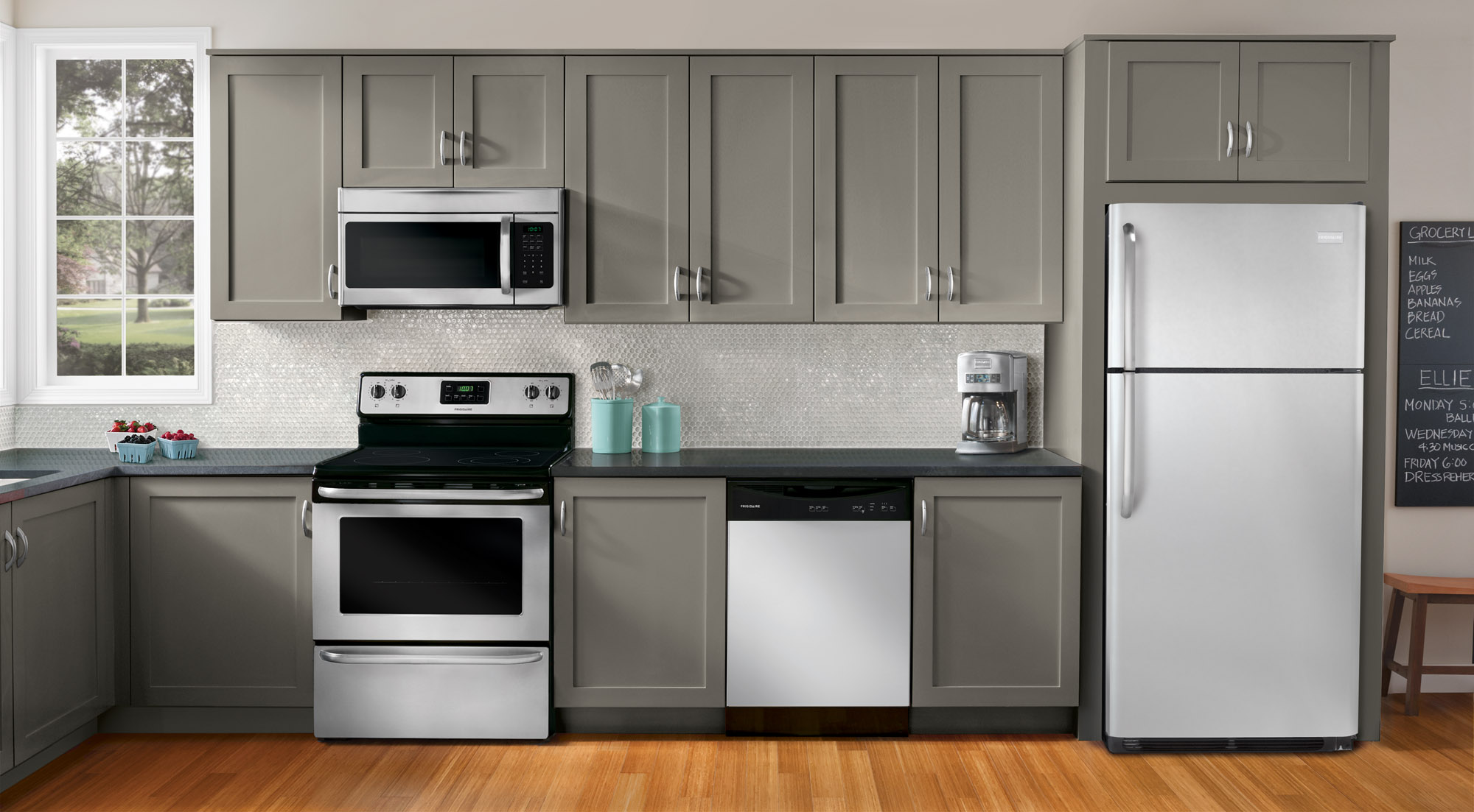 The Worst Mistake People Make When Placing Under Counter Appliances Rh  Inspiredkitchendesign Com