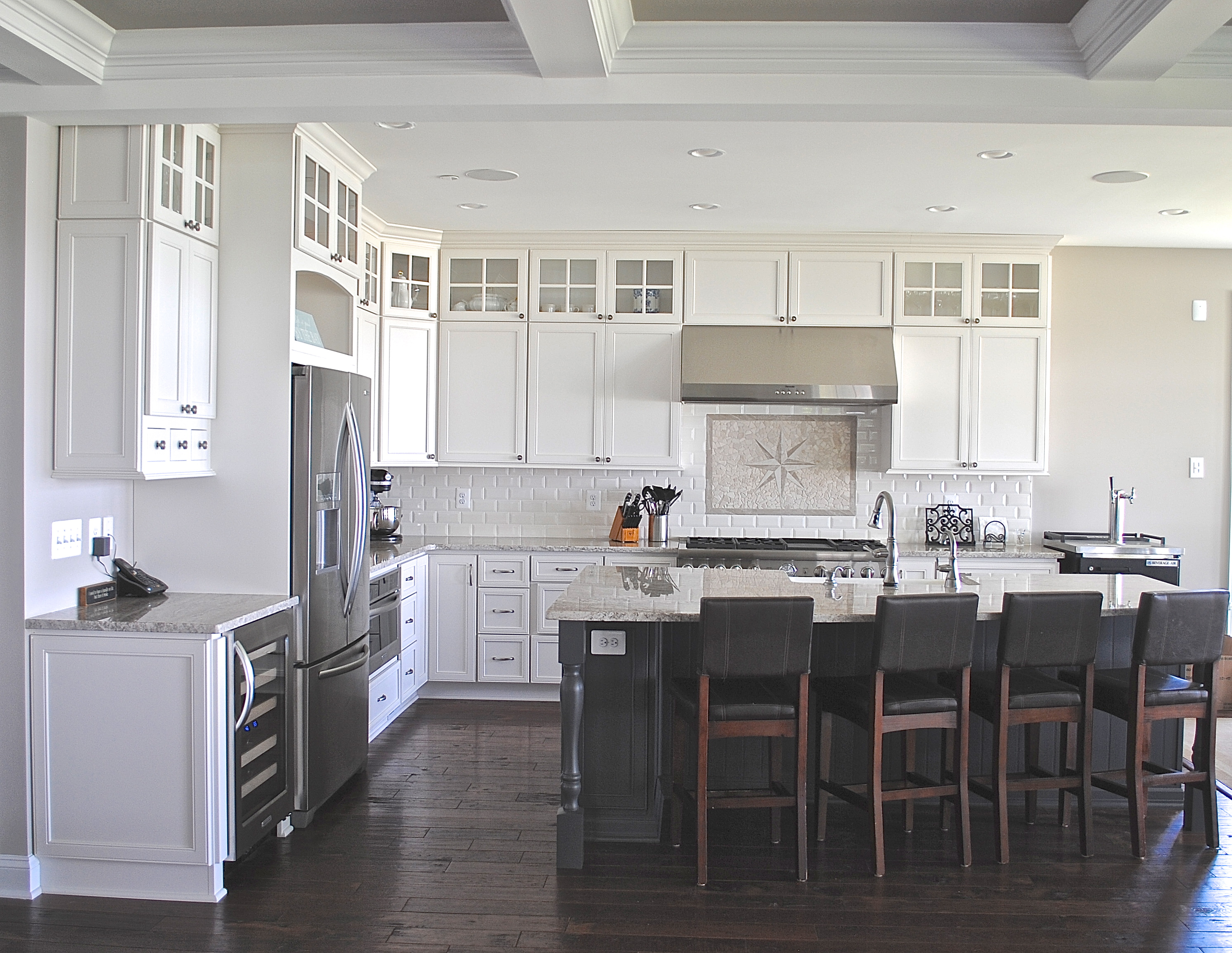 Kitchen design trends: Pros and cons of stacked cabinets