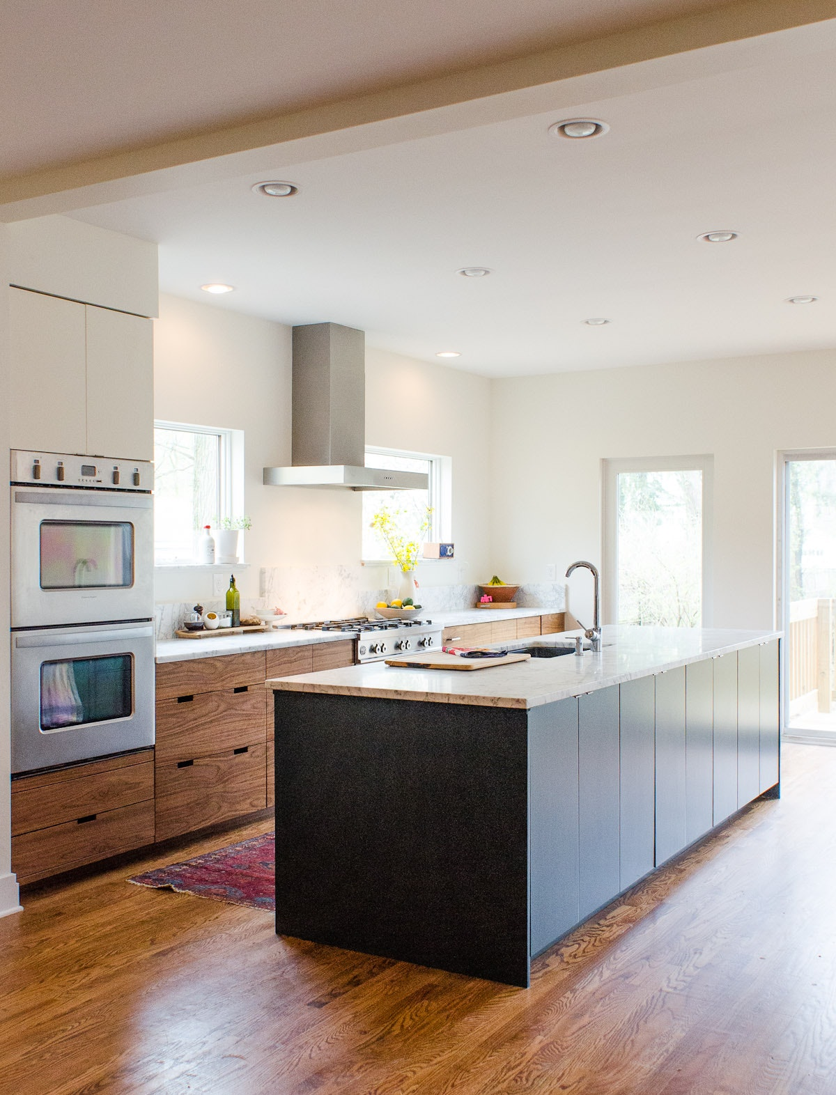Design a kitchen for entertaining with an IKEA buffet area