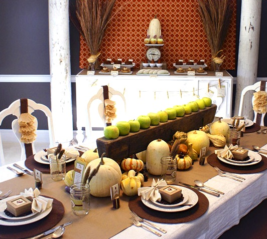 A cozy thanksgiving table setting