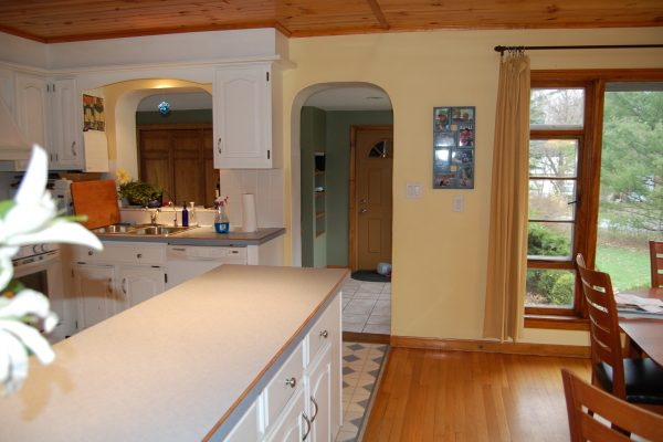 Window valance for small white kitchen