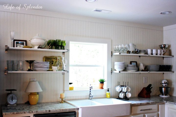 Personalized open shelves for a busy cook
