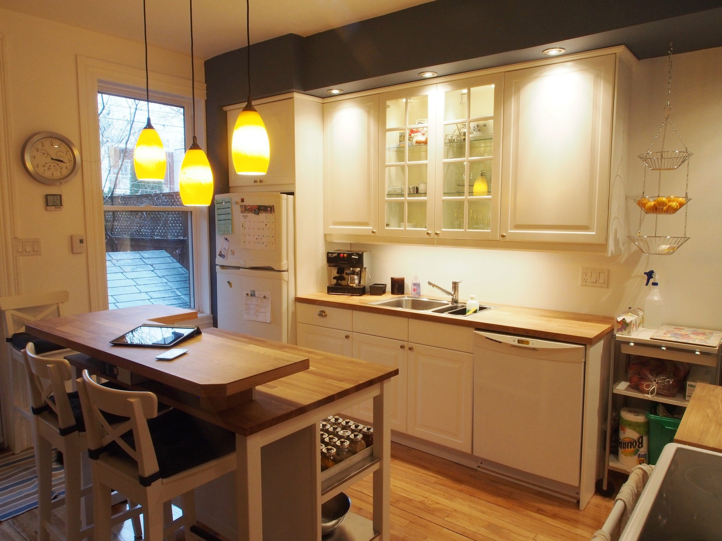 ikd kitchen favorite the cozy family ikea kitchen. Black Bedroom Furniture Sets. Home Design Ideas