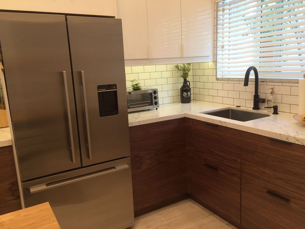 A Small Ikea Kitchen Let S Get Vertical Vertical