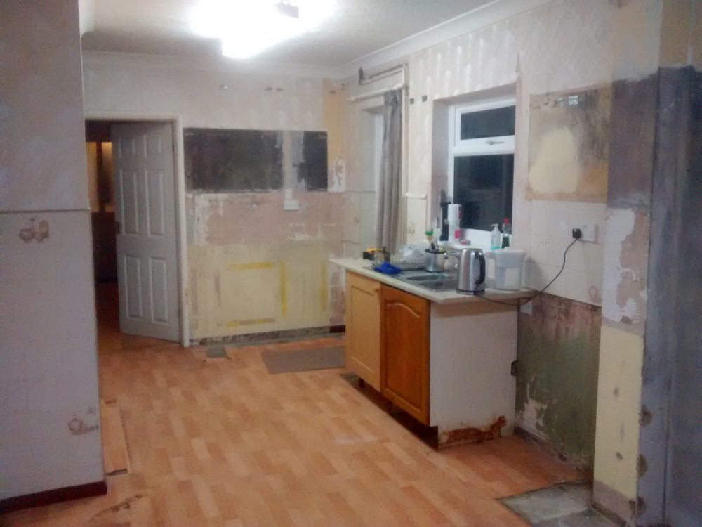 small metod kitchen before