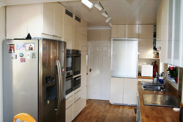 This Small METOD Kitchen is a Serious Baker's Dream