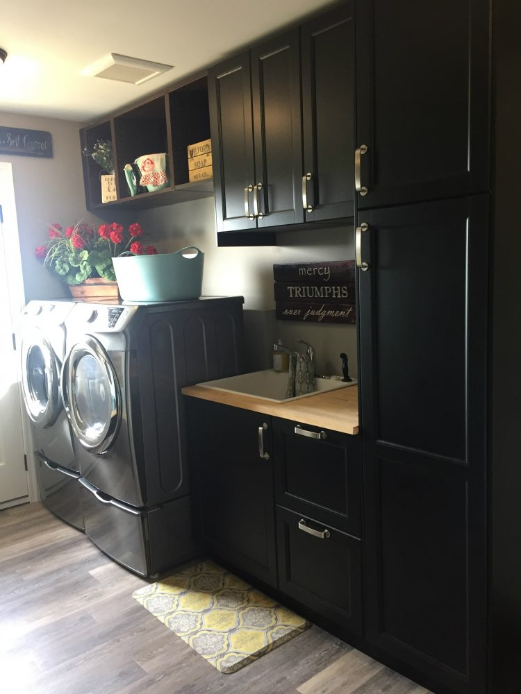 Merveilleux Laundry Room And Master Bathroom