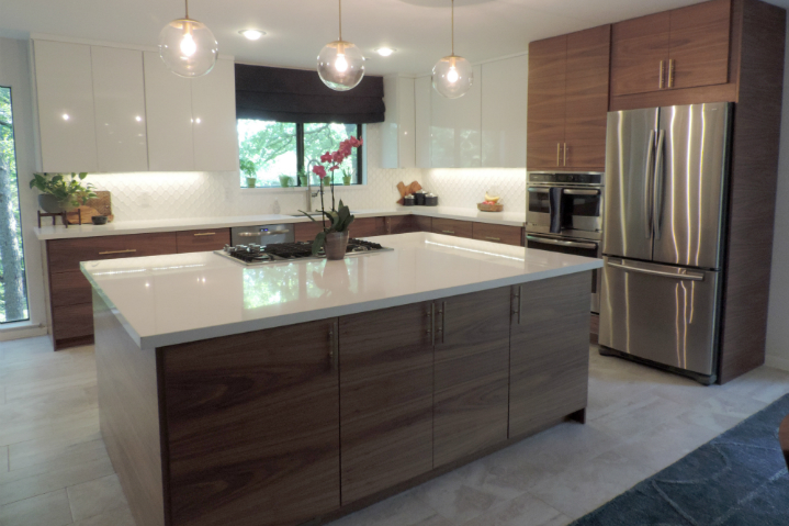 This Mid Century Modern IKEA Kitchen In Texas Will Take Your Breath Away