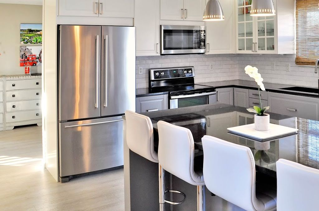 a fully diy ikea kitchen that will take your breath away. Black Bedroom Furniture Sets. Home Design Ideas